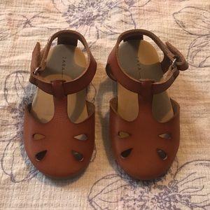 Zara sandal Size 20 / 4.5 EUC